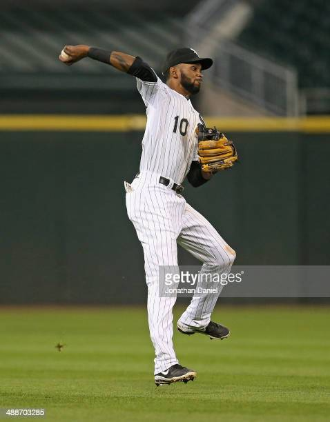 Alexei Ramirez of the Chicago White Sox throws to first base for the second half of a double play in the 9th inning against the Chicago Cubs at US...