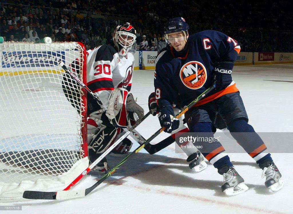 New Jersey Devils v New York Islanders : News Photo