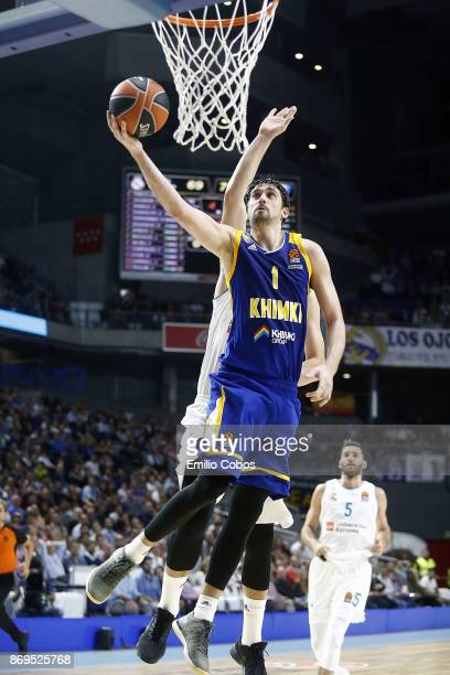Alexey Shved #1 of Khimki Moscow Region in action during the 2017/2018 Turkish Airlines EuroLeague Regular Season Round 5 game between Real Madrid...