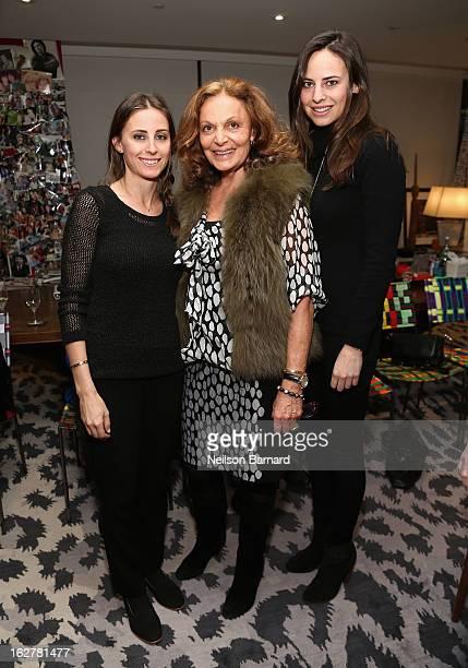 Alexi Ashe Diane Von Furstenberg and Ariel Ashe attend Diane Von Furstenberg and the United States Holocaust Memorial Museum Director Sara Bloomfield...
