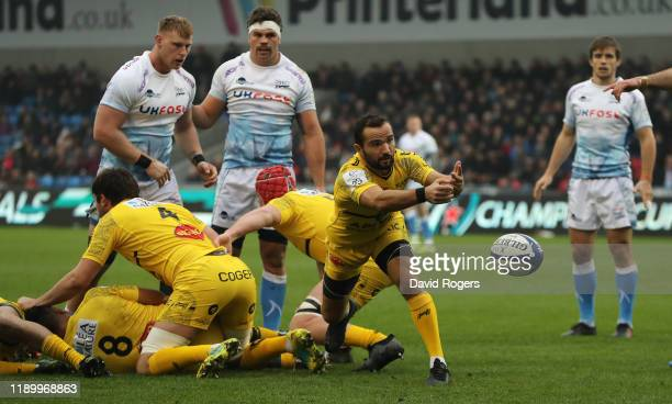 Alexi Bales of La Rochelle passes the ball during the Heineken Champions Cup Round 2 match between Sale Sharks and La Rochelle at AJ Bell Stadium on...