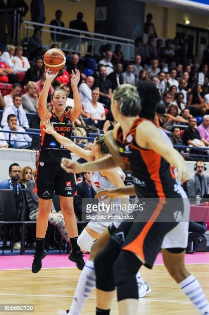 Alexia Chartereau of Bourges during the Women's League match between Villeneuve d'Ascq and Bourges of the LFB Open 2017 on September 29 2017 in Paris...