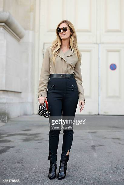 Alexia Niedzilsky poses in a Louis Vuitton total look on the streets of Paris on October 1 2014 in Paris France