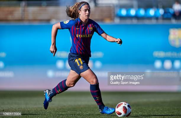 Alexia Putellas of FC Barcelona drives the ball during the Iberdrola Women's First Division match between FC Barcelona and RCD Espanyol at the Ciutat...