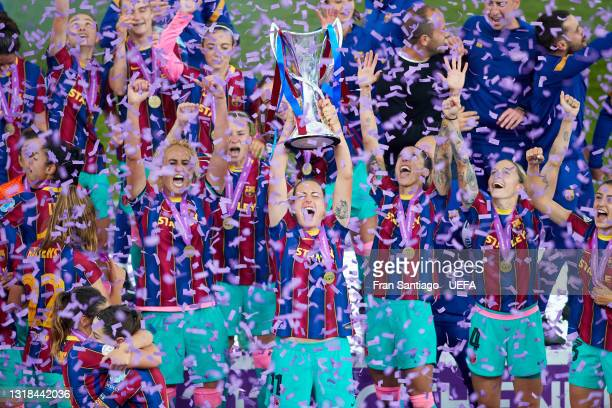 Alexia Putellas of FC Barcelona lifts the trophy after winning the UEFA Women's Champions League Final match between Chelsea FC and Barcelona at...
