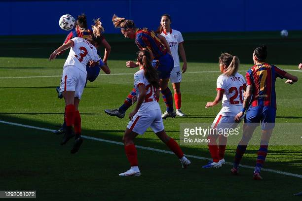 Alexia Putellas of FC Barcelona scores his side's first goal for 1-0 in the 11th minute during the Primera Division Femenina match between FC...