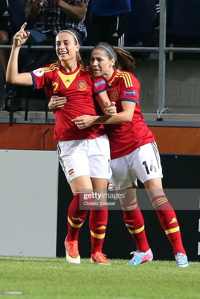 Alexia Putellas of Spain (L) celebrates the third and decision goal with Vicky Losada (R) during the UEFA Women's EURO 2013 Group C match between England and Spain at Linkoping Arena on July 12, 2013 in Linkoping, Sweden. The match between England and Spain ended 2-3.