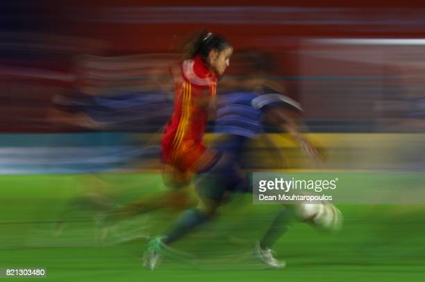Alexia Putellas of Spain in action during the UEFA Women's Euro 2017 Group D match between England and Spain at Rat Verlegh Stadion on July 23 2017...