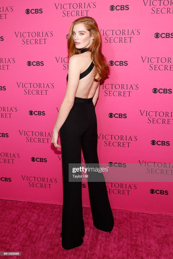 Alexina Graham attends the Victoria's Secret Viewing Party Pink Carpet celebrating the 2017 Victoria's Secret Fashion Show in Shanghai at Spring Studios on November 28, 2017 in New York City.