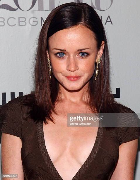 Alexis Bledel attends the 2009 Whitney Contemporaries Art Party and auction at Skylight on June 17, 2009 in New York City.