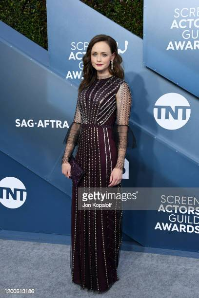 Alexis Bledel attends the 26th Annual Screen Actors Guild Awards at The Shrine Auditorium on January 19, 2020 in Los Angeles, California.