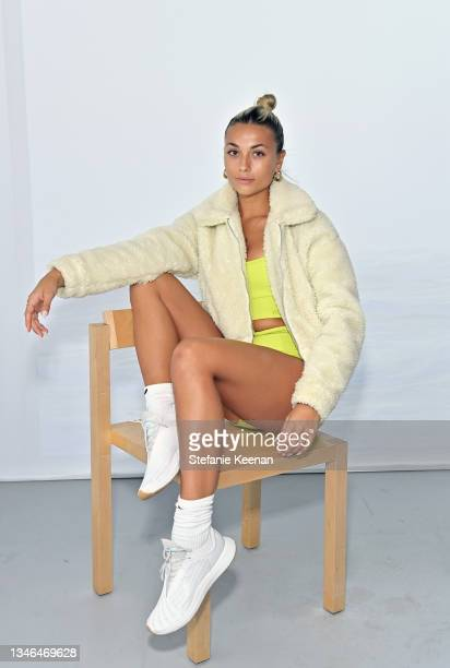 Alexis Frasca attends a work out led by Megan Roup from The Sculpt Society as Olympian Allyson Felix opens Saysh's new experiential space on October...