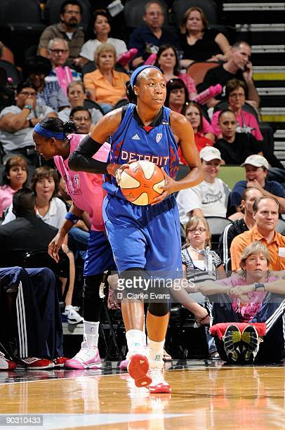 Alexis Hornbuckle of the Detroit Shock looks to pass during the WNBA game against the San Antonio Silver Stars on August 29 2009 at the ATT Center in...