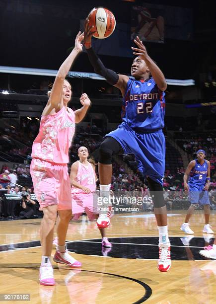 Alexis Hornbuckle of the Detroit Shock shoots against the San Antonio Silver Stars on August 29 2009 at the ATT Center in San Antonio Texas NOTE TO...