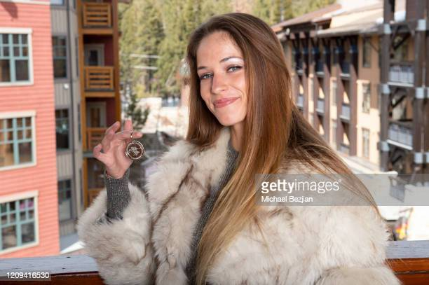 """Alexis Knapp receives The Artists Project """"First Break"""" Medallion at the 3rd Annual Mammoth Film Festival Portrait Studio – Friday on February 28,..."""