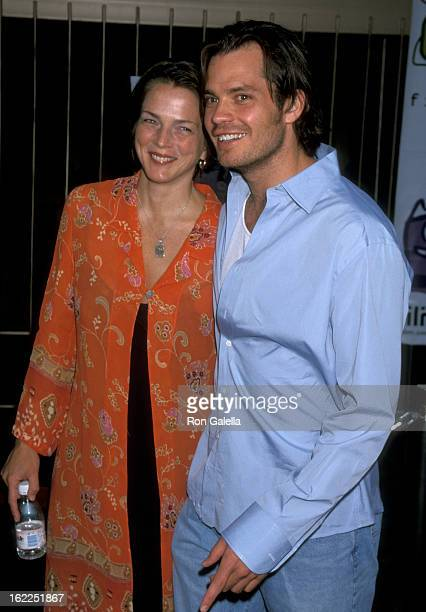 Alexis Knief and Timothy Olyphant attend the premiere of 'The Broken Hearts Club A Romantic Comedy' on July 17 2000 at the Egytpian Theater in...