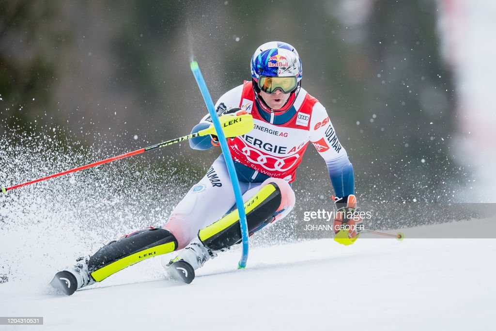 Topshot Alexis Pinturault Of France Competes In The Men S Slalom News Photo Getty Images