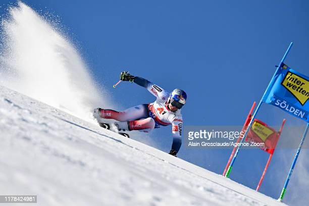 Alexis Pinturault of France in action during the Audi FIS Alpine Ski World Cup Men's Giant Slalom on October 27, 2019 in Soelden, Austria.