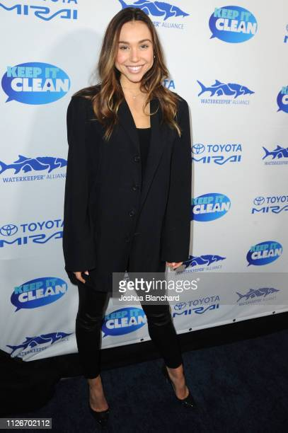 Alexis Ren attends Keep It Clean Live Comedy To Benefit Waterkeeper Alliance on February 21 2019 in Los Angeles California