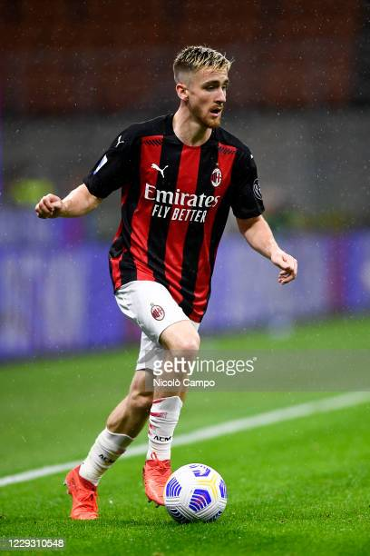 Alexis Saelemaekers of AC Milan in action during the Serie A football match between AC Milan and AS Roma The match ended 33 tie