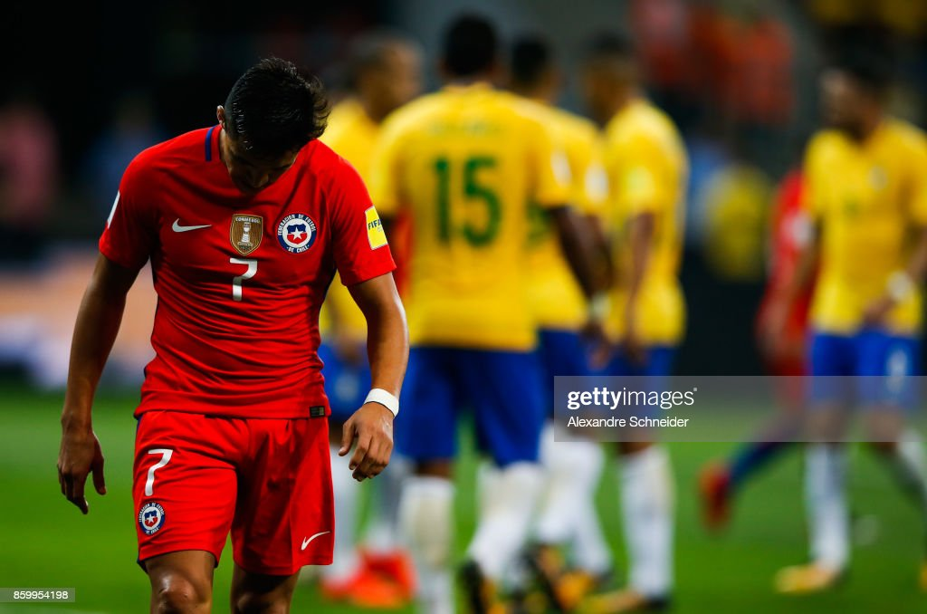 Alexis Sanches of Brazil reacts during the match between Brazil and Chile for the 2018 FIFA World Cup Russia Qualifier at Allianz Parque Stadium on October 10, 2017 in Sao Paulo, Brazil.