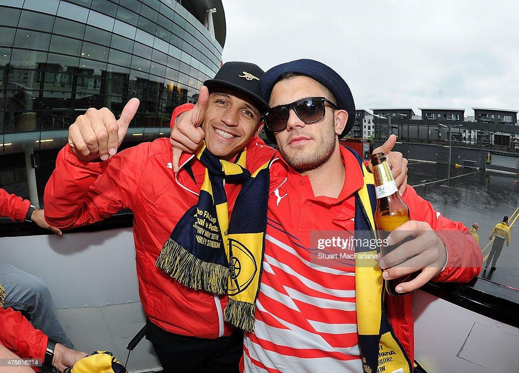 Arsenal FA Cup Victory Parade : News Photo