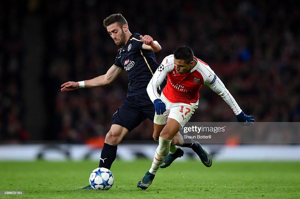 Arsenal FC v GNK Dinamo Zagreb - UEFA Champions League