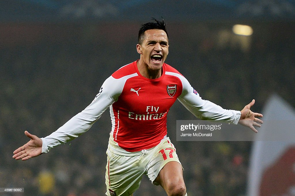 Arsenal FC v Borussia Dortmund - UEFA Champions League : ニュース写真