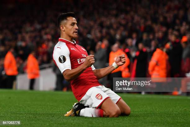 Alexis Sanchez of Arsenal celebrates scoring the 2nd arsenal goal during the UEFA Europa League group H match between Arsenal FC and 1 FC Koeln at...