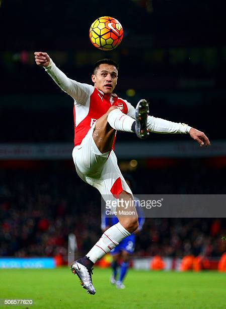 Alexis Sanchez of Arsenal controls the ball during the Barclays Premier League match between Arsenal and Chelsea at Emirates Stadium on January 24...