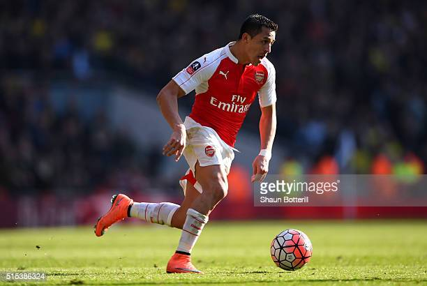 Alexis Sanchez of Arsenal in action during the Emirates FA Cup sixth round match between Arsenal and Watford at Emirates Stadium on March 13 2016 in...