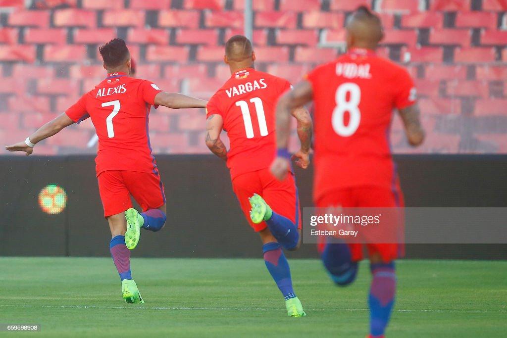 Chile v Venezuela - FIFA 2018 World Cup Qualifiers : News Photo