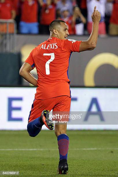 Alexis Sanchez of Chile celebrates after scoring the fourth goal of his team during a group D match between Chile and Panama at Lincoln Financial...