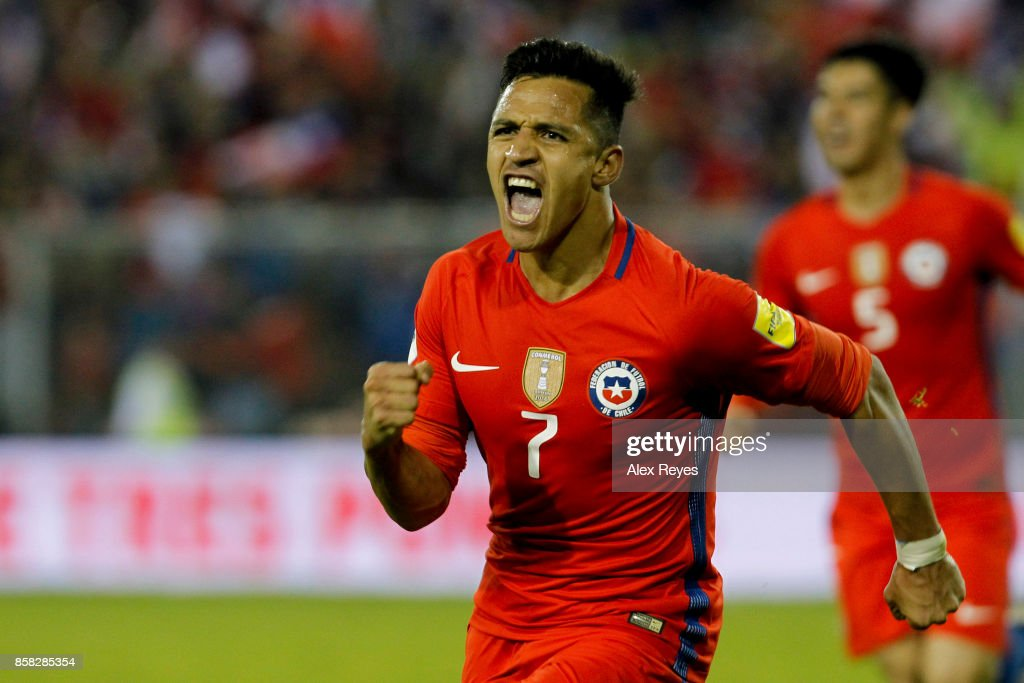 Chile v Ecuador - FIFA 2018 World Cup Qualifiers