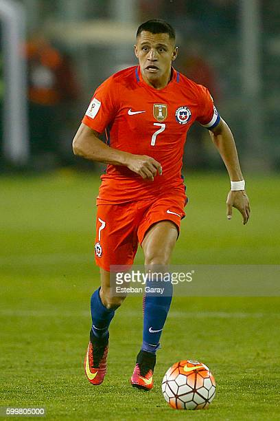 Alexis Sanchez of Chile drives the ball during a match between Chile and Bolivia as part of FIFA 2018 World Cup Qualifiers at Monumental Stadium on...