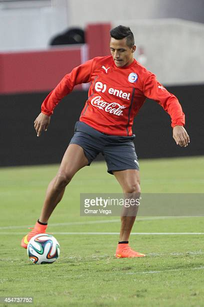 Alexis Sanchez of Chile in action during a training session of Chile's National Team at Levi's Stadium September 05 2015 in Santa Clara United States