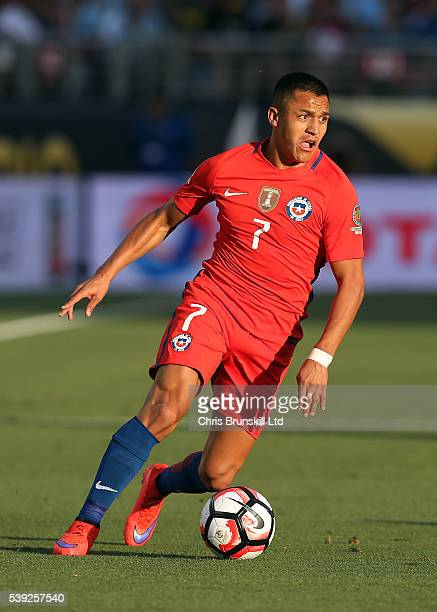 Alexis Sanchez of Chile in action during the Copa America Centenario Group D match between Argentina and Chile at Levi's Stadium on June 6 2016 in...