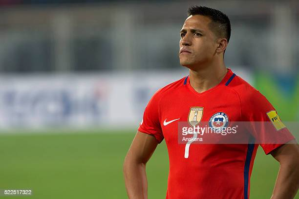 Alexis S‡anchez of Chile looks on during a match between Venezuela and Chile as part of FIFA 2018 World Cup Qualifiers at Agustin Tovar Stadium on...