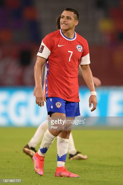Alexis Sanchez of Chile reacts after taking a free kick during a match between Argentina and Chile as part of South American Qualifiers for Qatar...