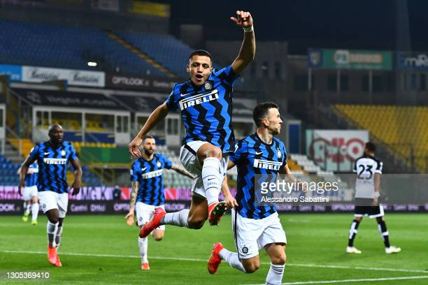 Alexis Sanchez of FC Internazionale celebrates after scoring his team's first goal during the Serie A match between Parma Calcio and FC...