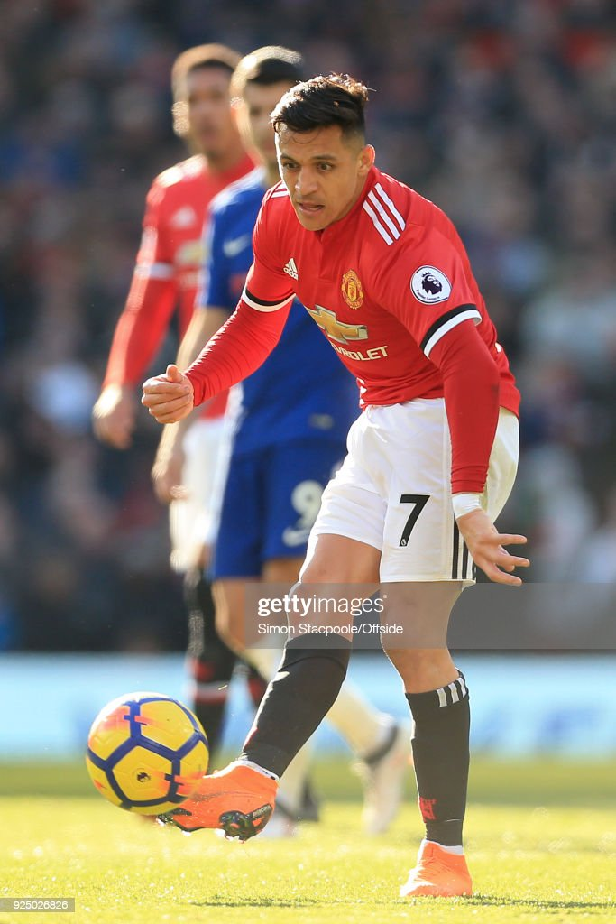 Alexis Sanchez of Man Utd in action during the Premier League match between Manchester United and Chelsea at Old Trafford on February 25, 2018 in Manchester, England.