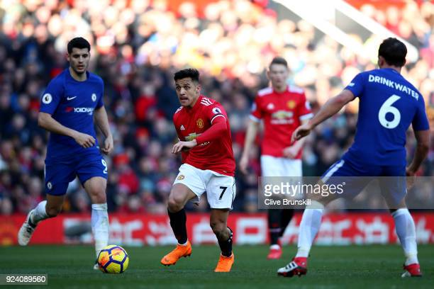 Alexis Sanchez of Manchester United in action during the Premier League match between Manchester United and Chelsea at Old Trafford on February 25...