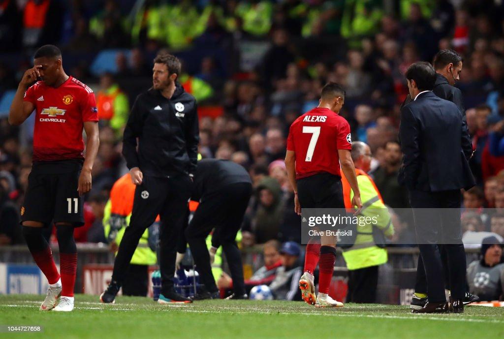 Manchester United v Valencia - UEFA Champions League Group H : News Photo