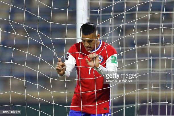 Alexis Sánchez of Chile looks dejected after a match between Chile and Bolivia as part of South American Qualifiers for Qatar 2022 at Estadio San...