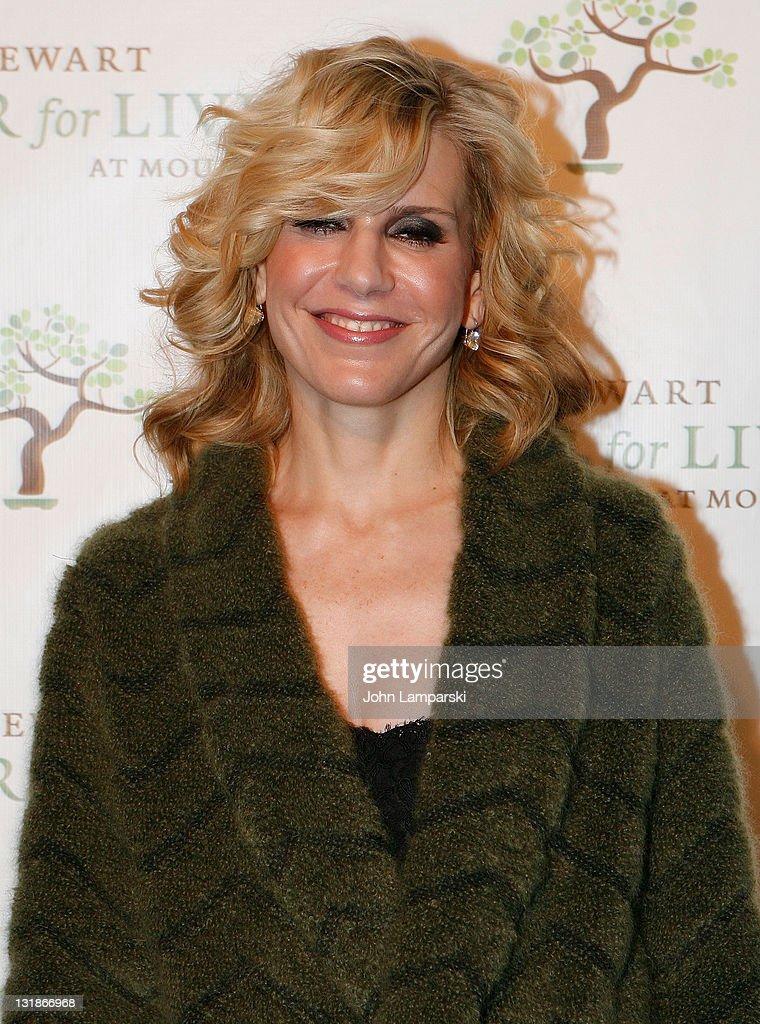 3rd Annual Martha Stewart Center For Living At Mount Sinai Gala : News Photo