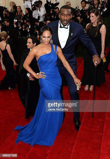 Alexis Stoudemire and Amar'e Stoudemire attend the 'Charles James Beyond Fashion' Costume Institute Gala at the Metropolitan Museum of Art on May 5...