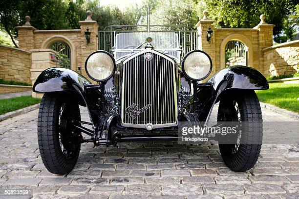 alfa romeo 1750cc zagato - 1920 1929 stock pictures, royalty-free photos & images
