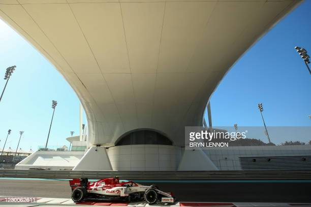 Alfa Romeo's Polish driver Robert Kubica drives during the first practice session ahead of the Abu Dhabi Formula One Grand Prix at the Yas Marina...