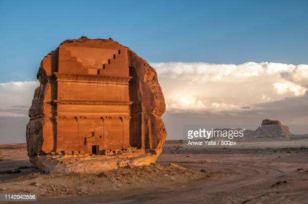 al-fareed - mada'in saleh - saudi arabia - al madinah stock pictures, royalty-free photos & images