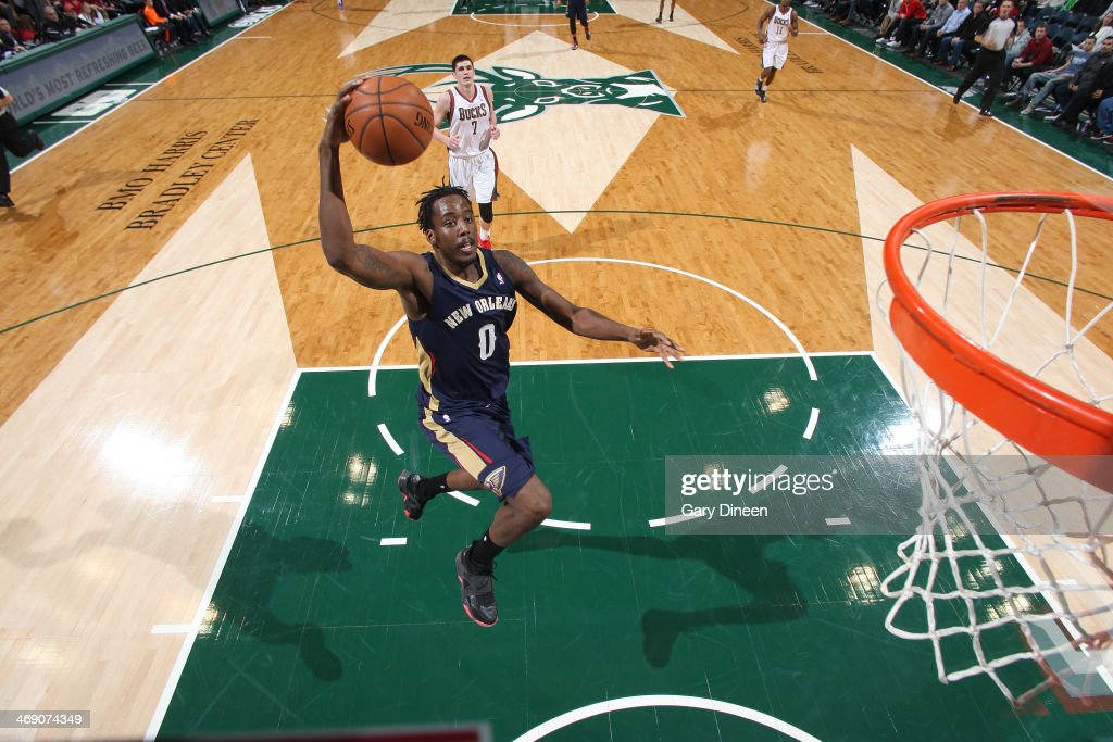 Al-Farouq Aminu #0 of the New Orleans Pelicans dunks against the Milwaukee Bucks on February 12, 2014 at the BMO Harris Bradley Center in Milwaukee, Wisconsin.
